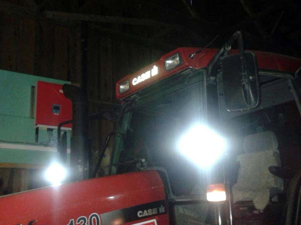 Case-IH CVX 130 mit LED Foto 3